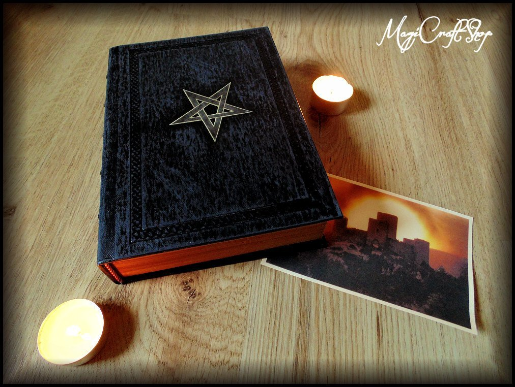Replica NINTH GATE TO THE KINGDOM OF SHADOWS with latin pages - Medium size 22x16 cm - DELUXE VERSION