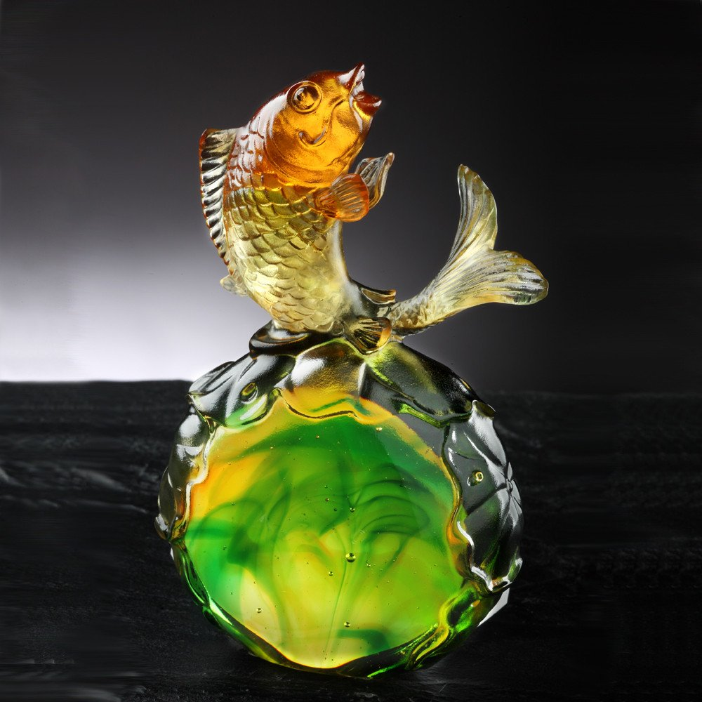 LIULI Crystal Art Fish Home Decor Paperweight Decoration for Fortune Wealth Success Prosperity [Somersault to the Top] by LIULI Crystal Art (Image #3)
