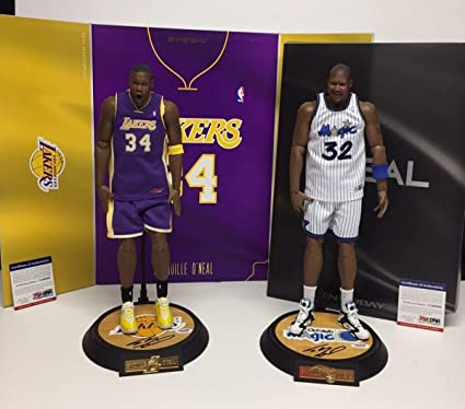 Shaquille O Neal Signed Enterbay 1 6 Basketball Figurine  Lakers  Magic - fda52ee26