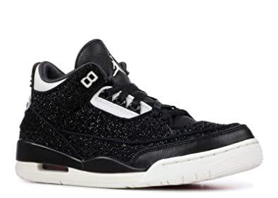 f1e1f42f7df Amazon.com | W Air Jordan 3 Vogue RTR SE AWOK NRG | Fashion Sneakers