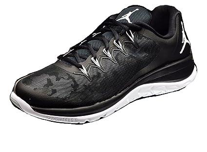 387e32da910f Image Unavailable. Image not available for. Color  NIKE Jordan Flight Runner  2 Men s 10.5 Shoes Black ...