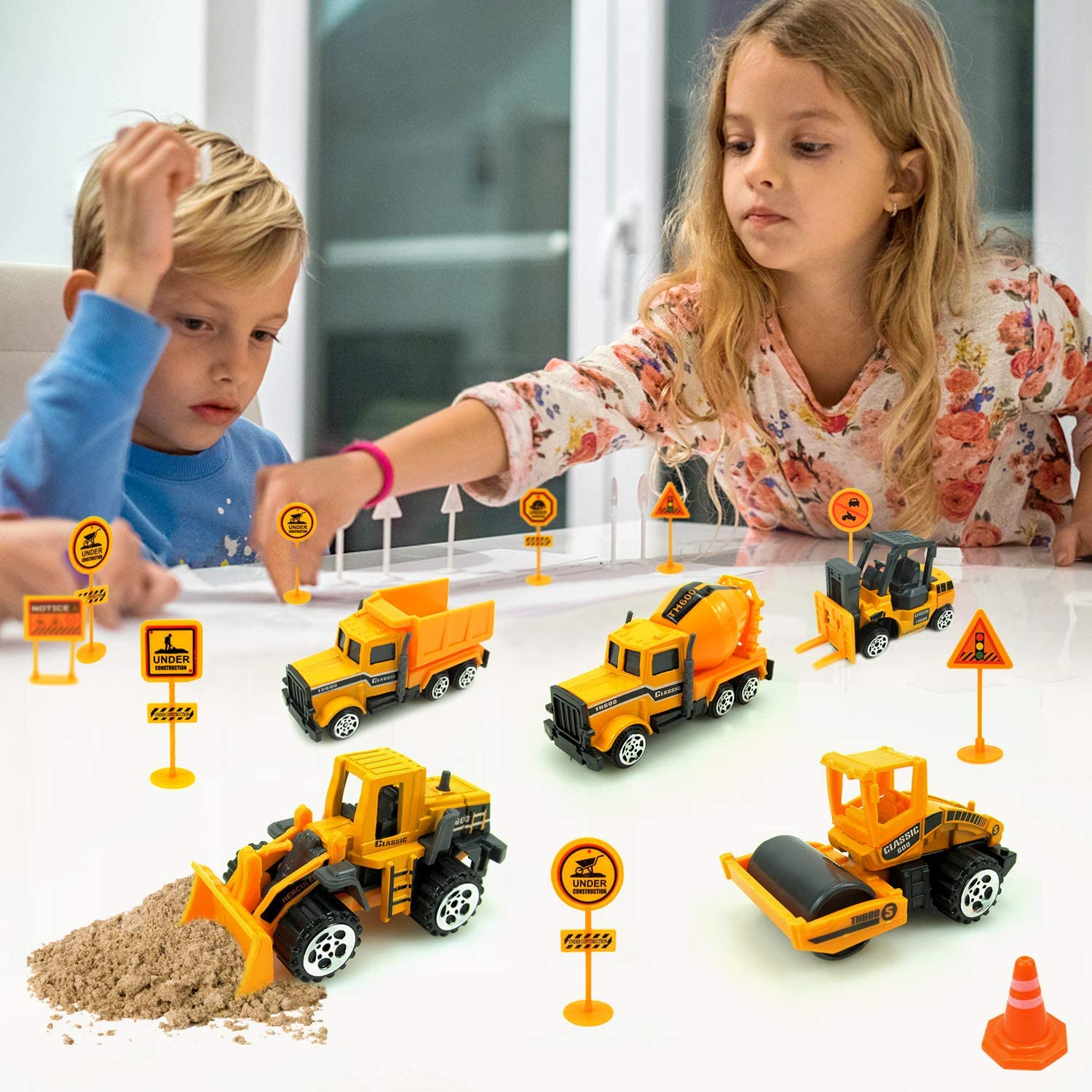 Kids Construction Toys,Mini Engineering Toys Playset for Boys Girls 6 Pcs Construction Vehicles Trucks /& 10 Traffic Sign for Easter Egg Basket Stuffers Kids Toddlers