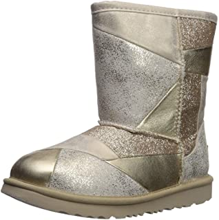 134ab240fab Amazon.com | UGG Kids' K Classic Short Ii Stars Fashion Boot | Boots