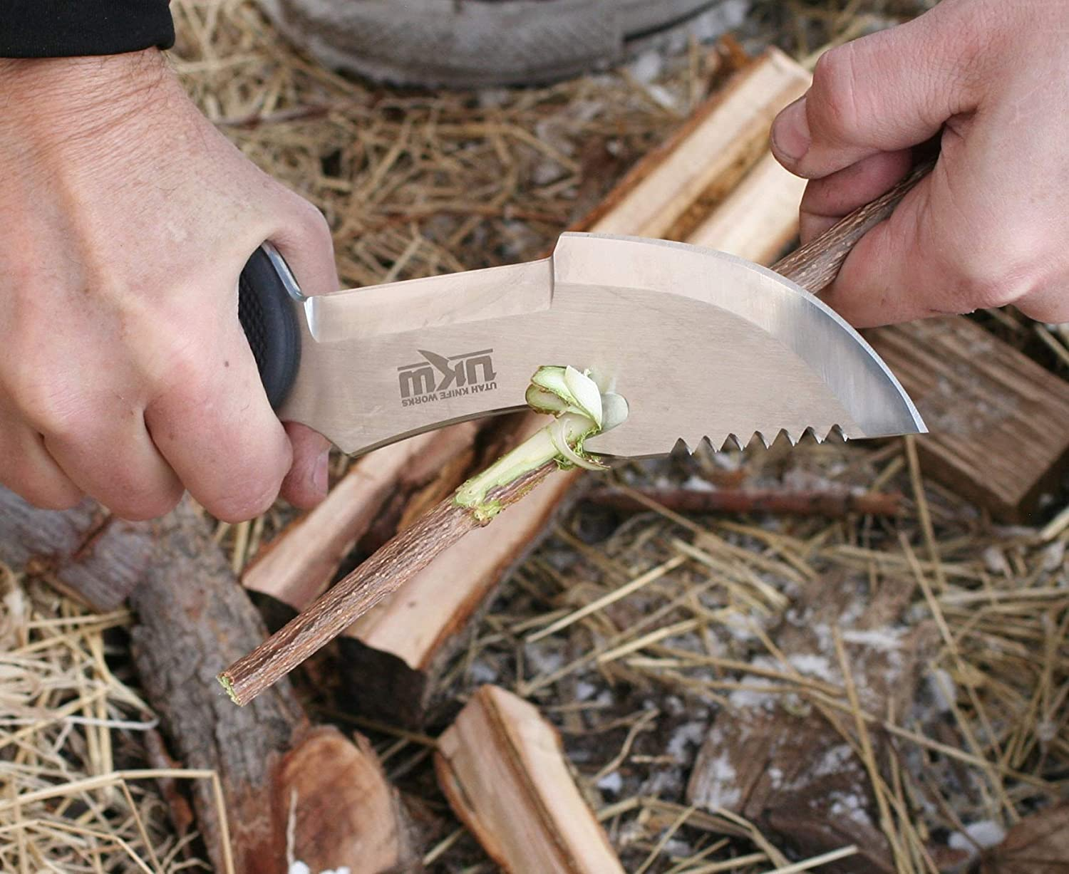 UKW Survivor Survival Tracker Knife with Gut/Utility Hook and Hammer - from  Original Tracker Knife Designer Robb Russon