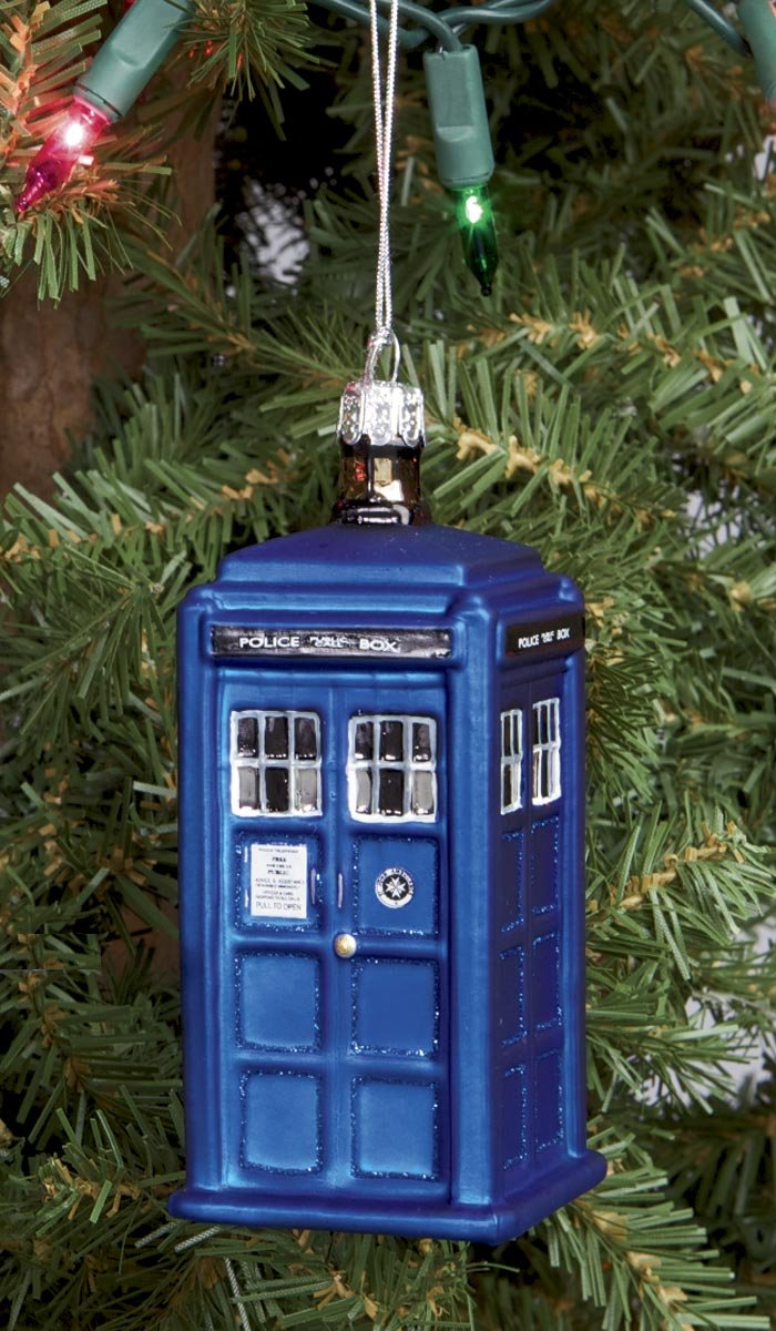Amazoncom Doctor Who Tardis Ornament Home  Kitchen