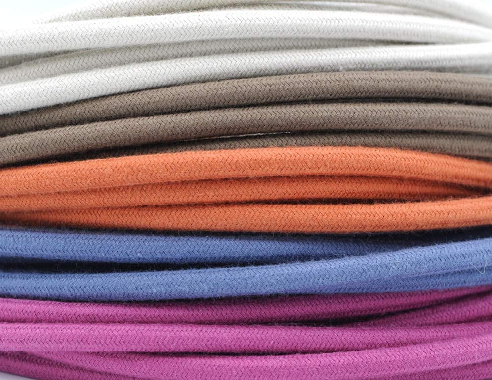 Cable textil redondo para iluminaci/ón 3 x 0,75 mm, 10 m color negro M/áxima seguridad a prueba de golpes. Klartext