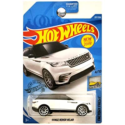 2020 Hot Wheels Factory Fresh Range Rover Velar Kroger Exclusive White: Kitchen & Dining