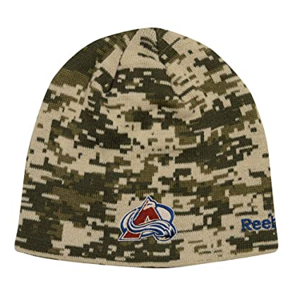 87ffa46a3b76 Amazon.com   Men s Reebok NHL Digital Camo Knit Beanie (One Size ...