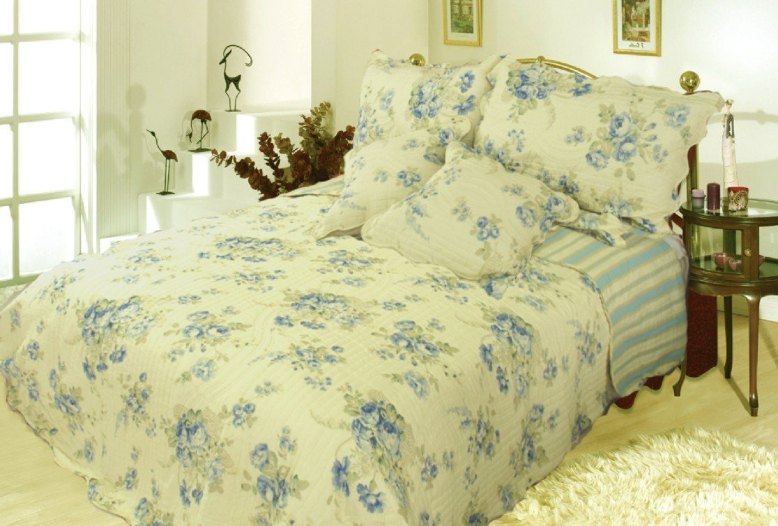 Floral Camellia Quilt Bedspread Set, Light Yellow & Blue