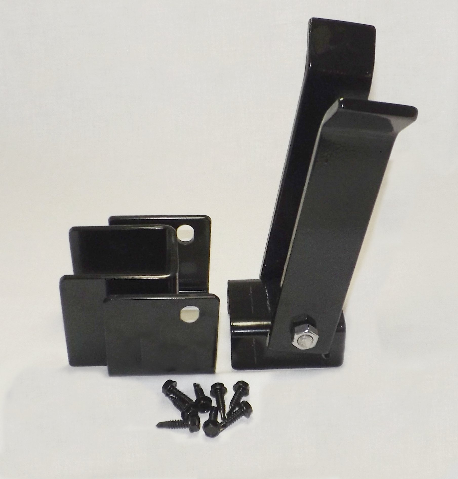 Heavy Duty Fulcrum Strong Arm Latch Black Finish for 2'' Gate Uprights