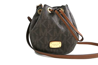 d7a557155df4 Michael Kors Jules Drawstring Crossbody Shoulder Bag (PVC Brown): Handbags:  Amazon.com