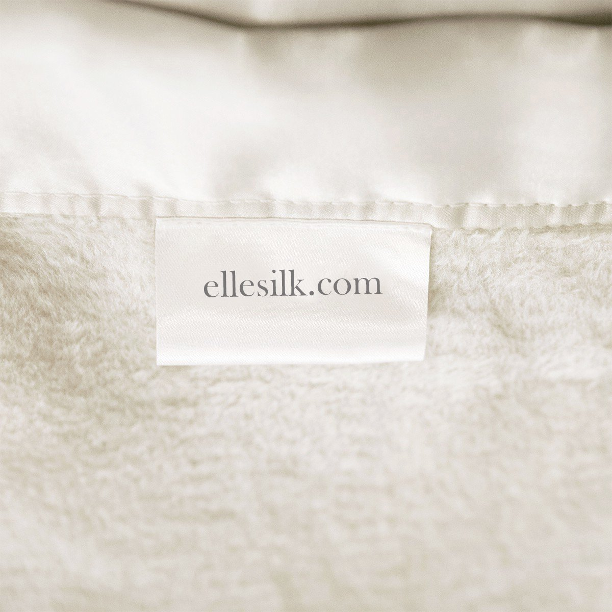 ELLESILK Silk Blanket, Premium Quality 100% Long Strand Mulberry Silk, Sumptuously Soft, Hypoallergenic, Ivory, King