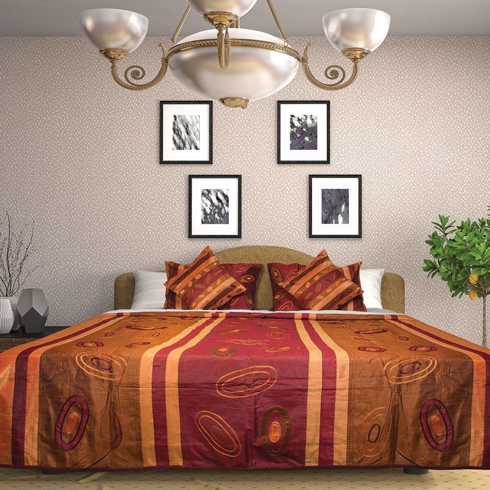 幾何学的なデザインシルクベッドカバー刺繍アップリケWorkedベッドスプレッドalong with FREE 2クッションcovers- Kingサイズ B077X87935
