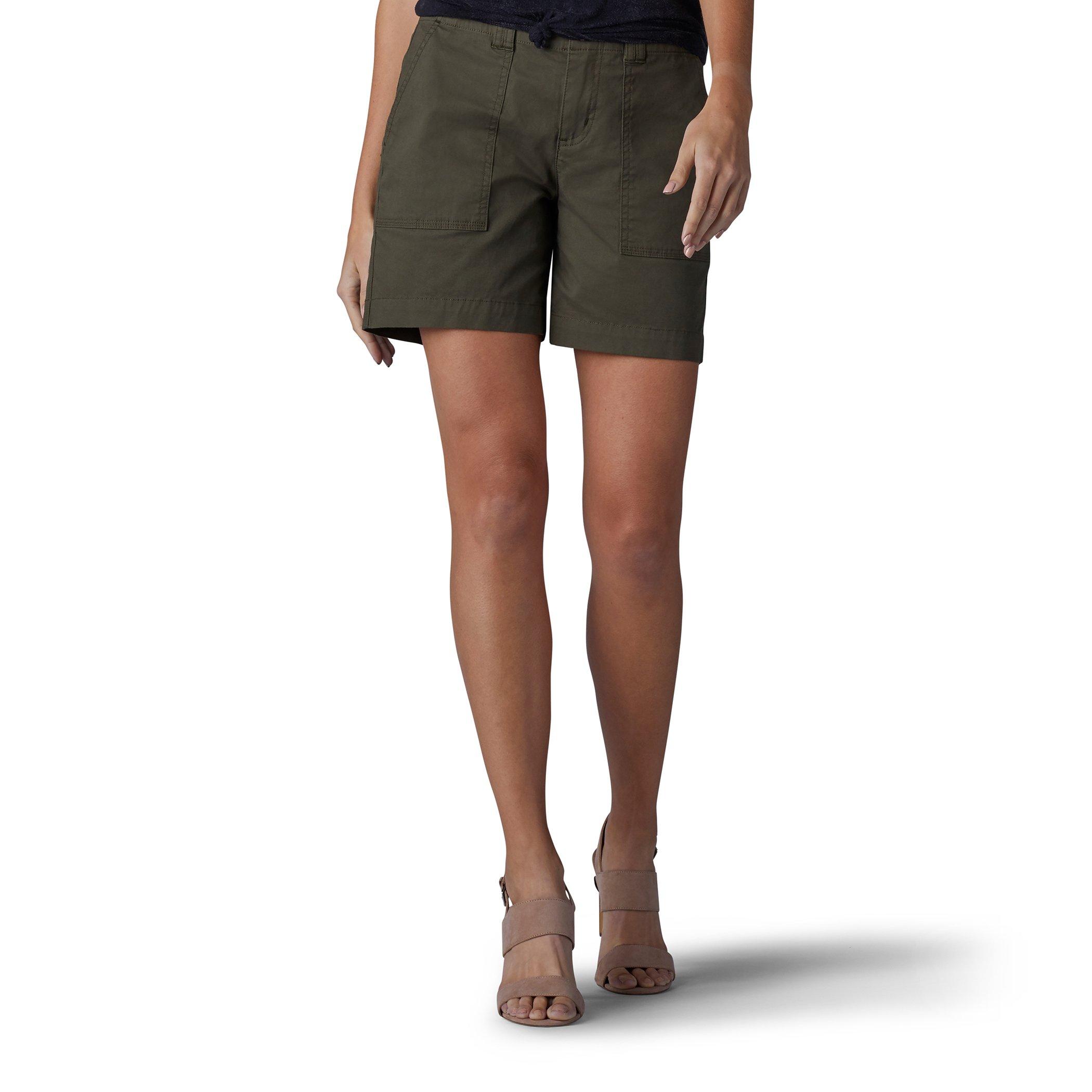 LEE Women's Straight Fit Kinsey Short, Moss, 4