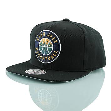 99fa50cf451d Mitchell   Ness Utah Jazz Easy 3 Digital XL Snapback NBA Cap Black ...