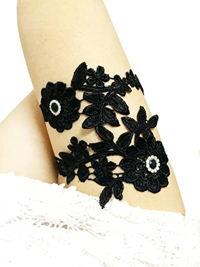 7a024ba75cf Black Lace Garter Set Plus Size Bridal Garter Set for Wedding Party Toss  Garters