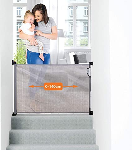 Dreambaby Retractable Gate Grey 0 To 140cm Extra Tall Relocatable Mesh Safety Gate Narrow To Extra Wide Baby Dog Pet Stair Gate For Doorways Stairways Hallways Indoor Outdoor Amazon Co Uk