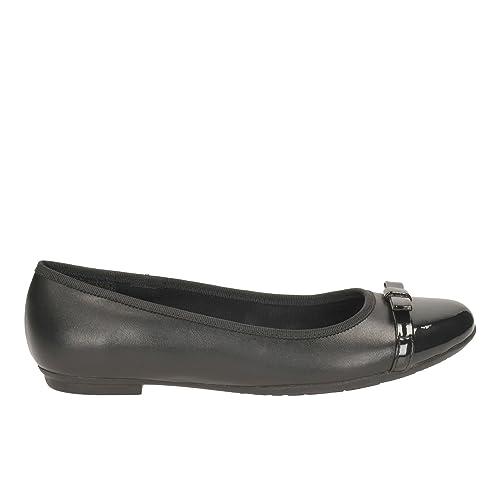 Clarks Girls Bootleg School Shoes Tizz Fizz - Black Leather