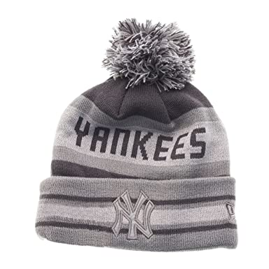 e892ccc6fe7 Amazon.com  New Era Winter Beanie - FASH JAKE NY Yankees grey  Clothing