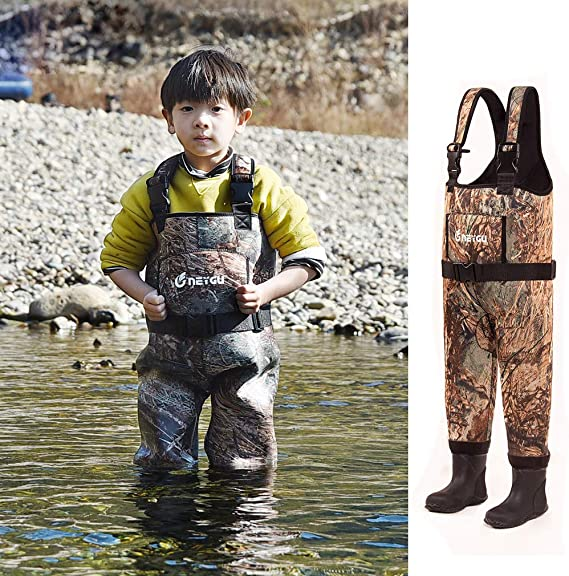 NEYGU Children's 5MM Neoprene Thermal and Waterproof Chest Wader with Rubber Boots,Keep Child Warm Under -31 ℉,Tender Green Camo Style