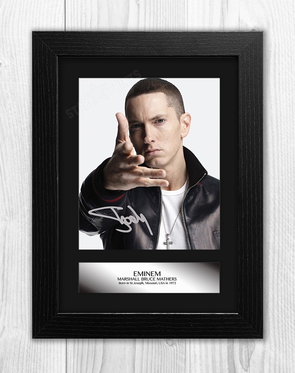 Engravia Digital Eminem Signed Autograph Reproduction Mounted Photo A4 Print/ Silver frame