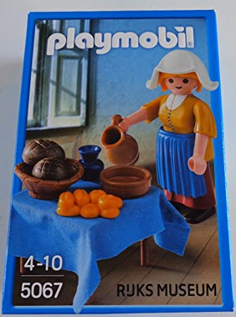 playmobil 5067 la lechera (the milkmaid) de johannes vermeer  Amazon ... 00b166cf31a