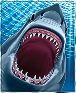 "Dawhud Direct Super Soft Full/Queen Size Plush Fleece Blanket, 75"" x 90"" (Great White Shark)"