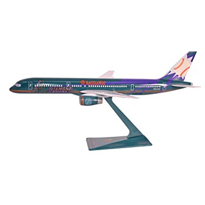 America West D Backs Boeing 757-200 Airplane Miniature Model Snap Fit Kit 1:200 Part# ABO-75720H-600: Toys & Games