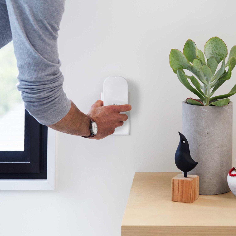 Amazon eero Pro mesh WiFi system 1 Pro  2 Beacons