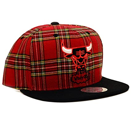 11bb9caacad Amazon.com   NBA Mitchell   Ness Vintage Plaid Snapback Hat (One ...