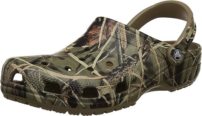 Crocs Men's and Women's Classic Realtree Clog   Camo Crocs for Men and Women