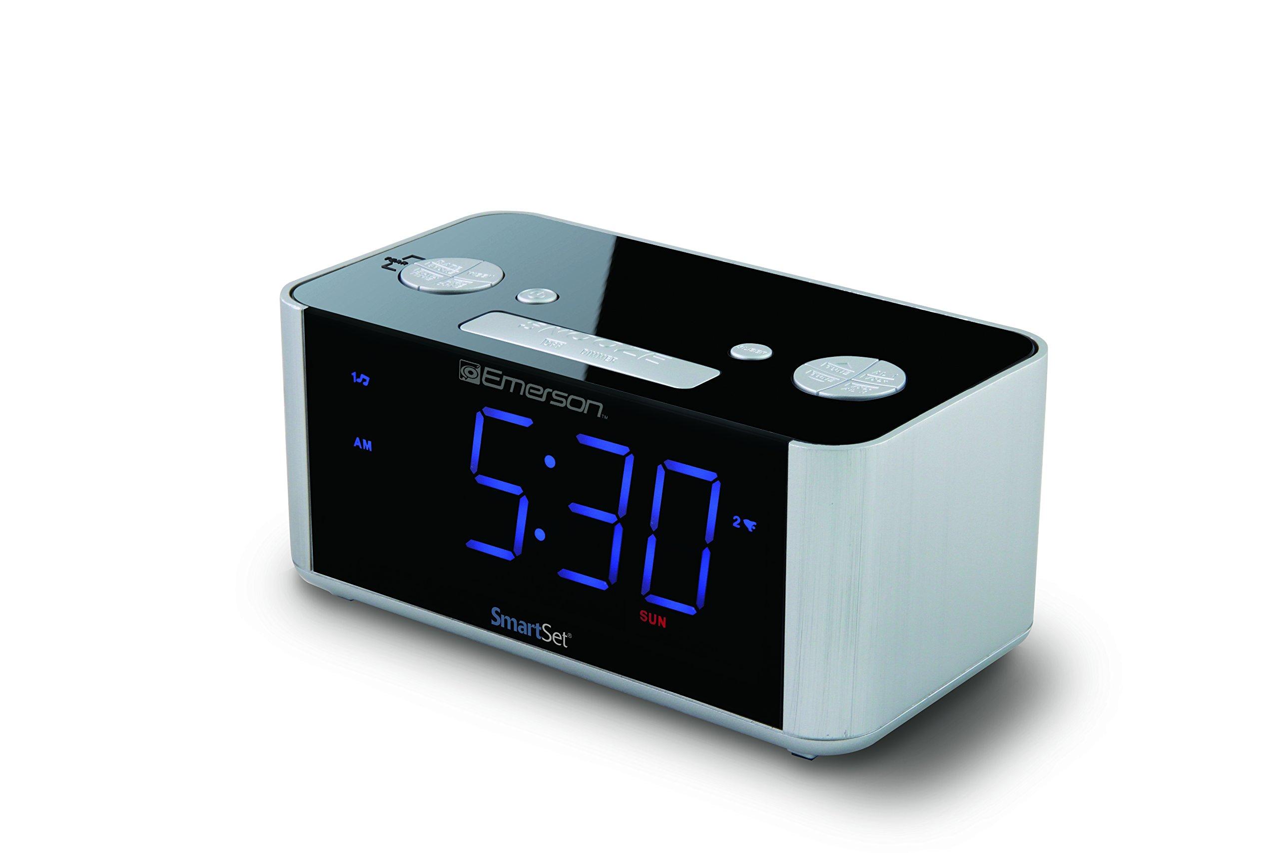 Emerson SmartSet Alarm Clock Radio, USB port for iPhone/iPad/iPod/Android and Tablets, CKS1708