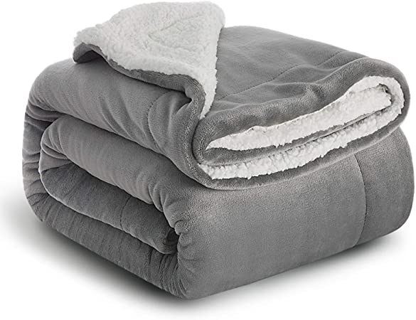 Bedsure Sherpa Blanket Grey Double/Twin Size (150 x 200cm) Fleece Bed Blankets Warm Fluffy Reversible Microfiber Solid Blankets for Bed and Couch: Amazon.co.uk: Kitchen & Home