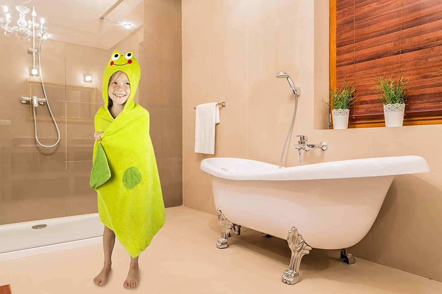 Amazon.com : Kids Hooded Bath Towel   Green Frog Design Terry Cotton Baby  Wrap Towel For Toddlers And Children   By Snugly Frog Towel : Baby