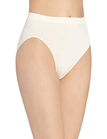 308dd77be Bali Comfort Revolution Women`s Microfiber Seamless Hi Cut Panty -  Best-Seller!  Amazon.co.uk  Clothing