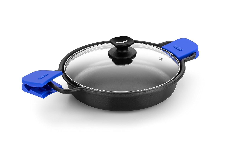 Monix Solid Cacerola Baja, Tapa de Cristal y Asas de Silicona, 7 litros, Aluminio, Negro y Azul