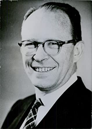 Radiocarbon dating willard libby