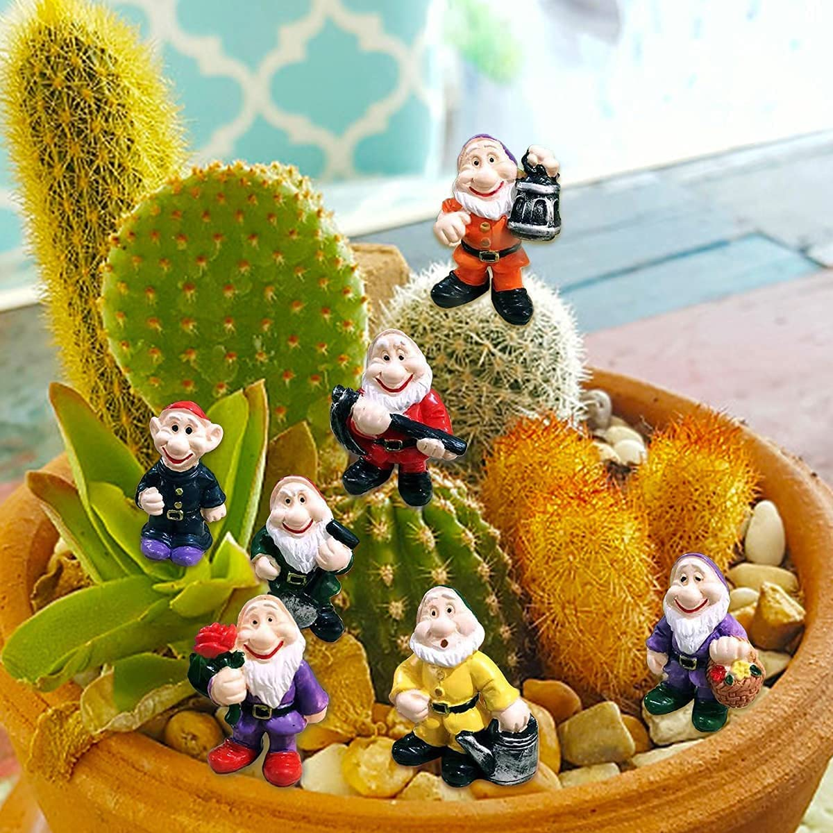 MIBUNG 7pcs Garden Gnomes Statues - Miniature Gnomes Garden Decorations Fairy Garden Accessories for Indoor & Outdoor Decor and Gift, A