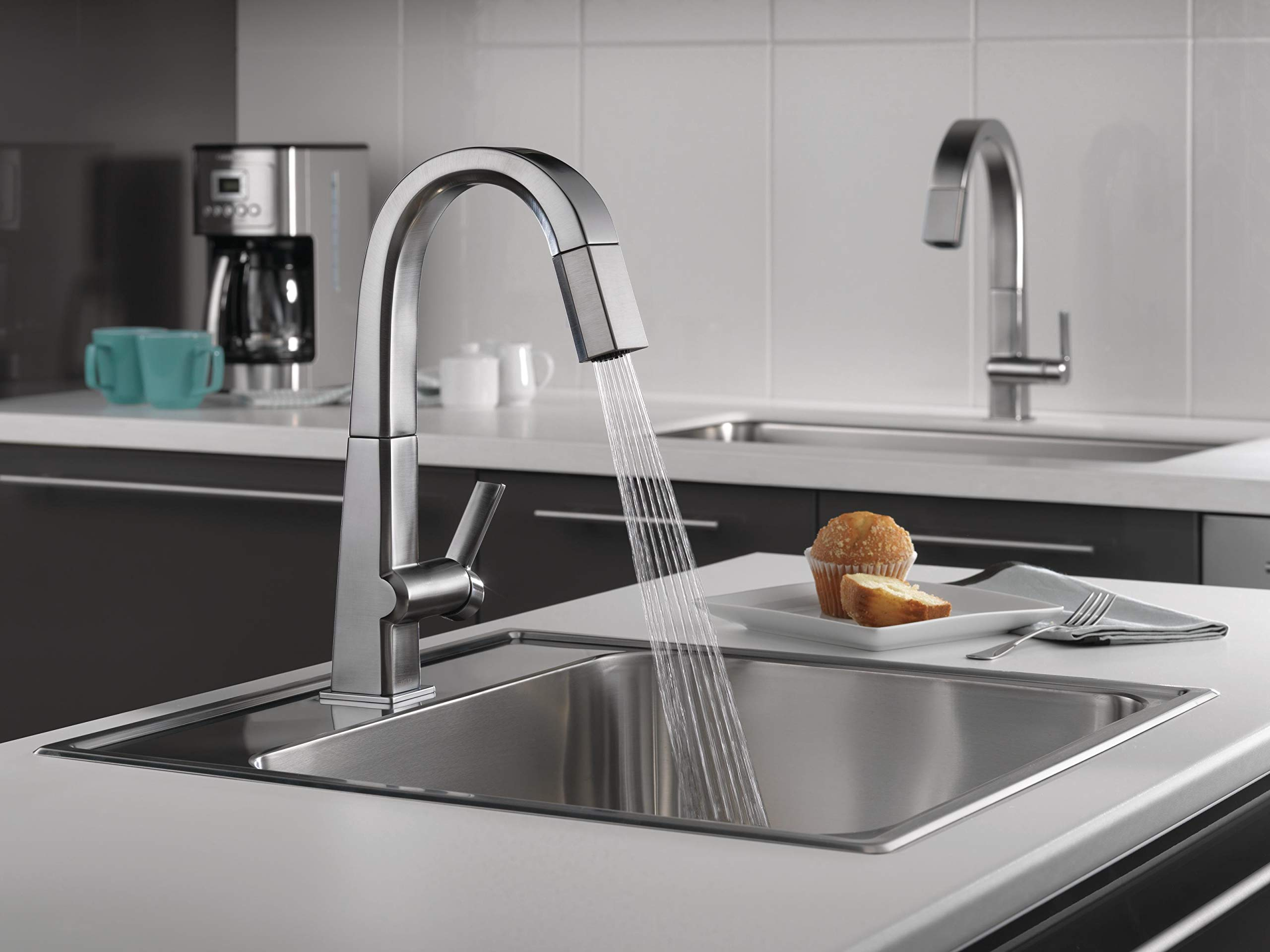 Delta Faucet Pivotal Single-Handle Bar-Prep Kitchen Sink Faucet with Pull Down Sprayer and Magnetic Docking Spray Head, Arctic Stainless 9993-AR-DST by DELTA FAUCET (Image #5)