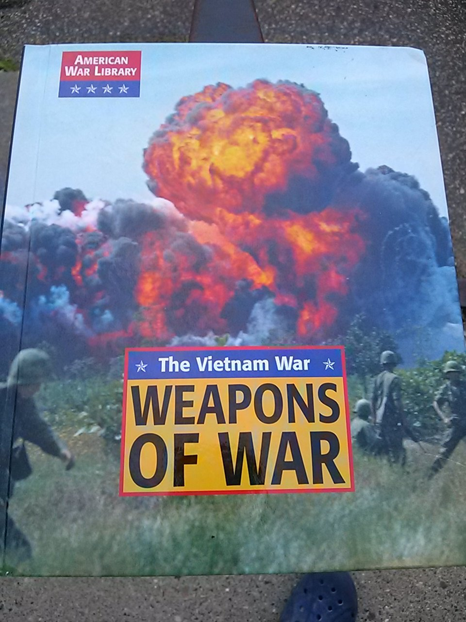 Weapons of War: The Vietnam War (American War Library) PDF