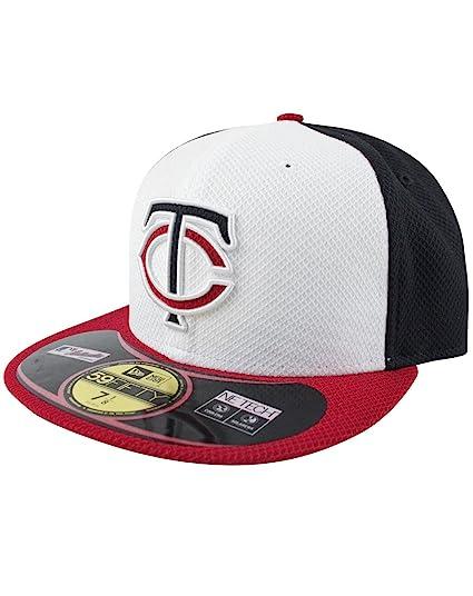 14a134200f5 Amazon.com  New Era 59Fifty MLB Minnesota Twins Cap (7)  Clothing