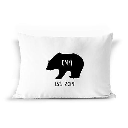 Amazoncom Barborasboutique Oma Bear Est 2019 Pillow Case Gift