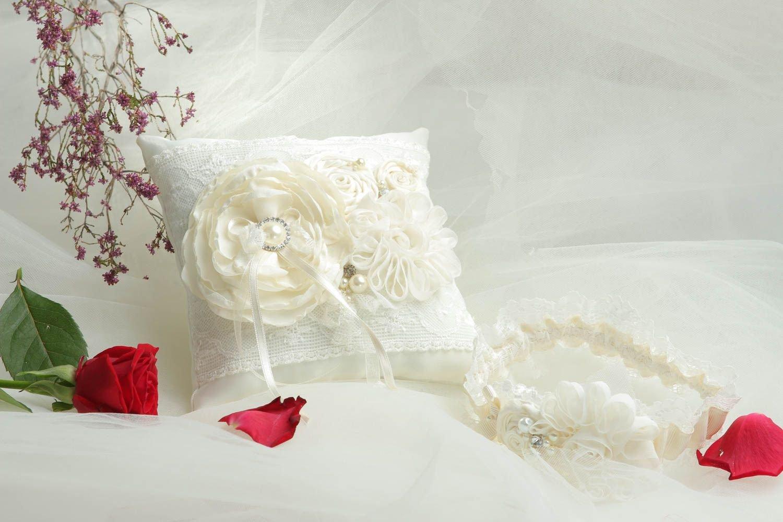 Cojin para anillos hecho a mano liga para novia de chifon ...