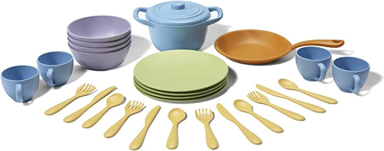 Green Toys GY003 Green Toys - Cookware Dining Set 26Pc