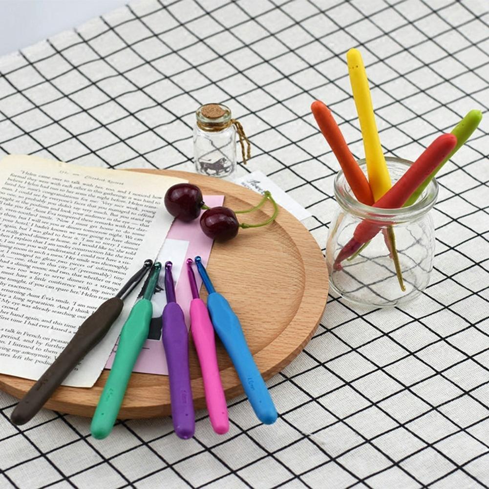 Crochets en aluminium Set 9 pi/èces par Crochets en aluminium Poign/ées ergonomiques prise souple Bricolage artisanat outils de couture travail /à laiguille,tricot /à la main Poign/ée en caoutchouc