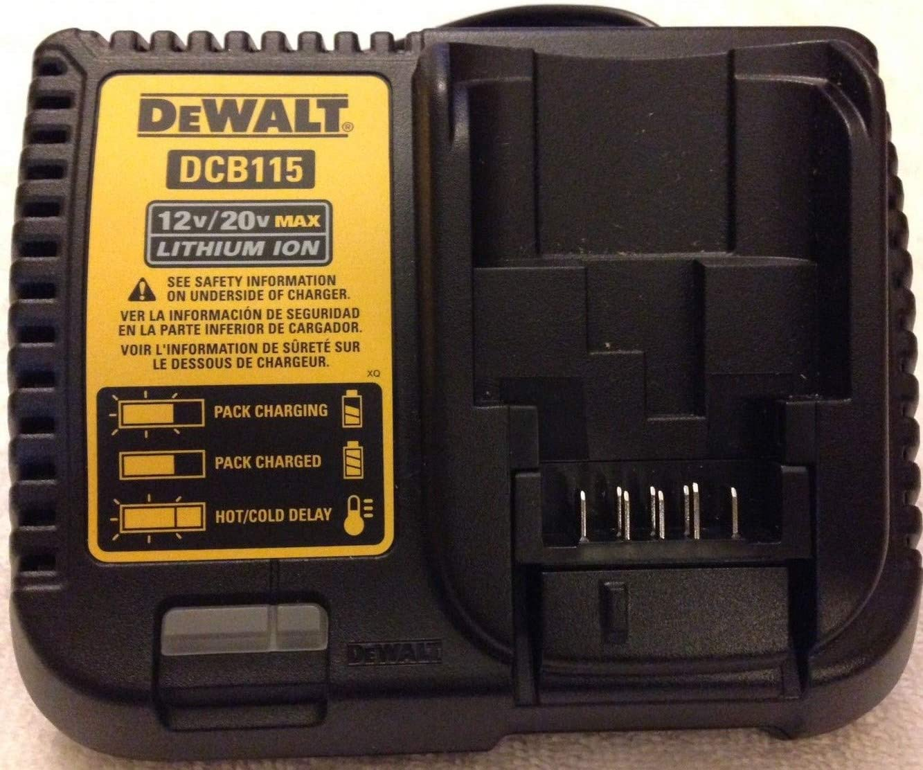 De-Walt DCB115 12V 20V Max Li-ion Battery Charger