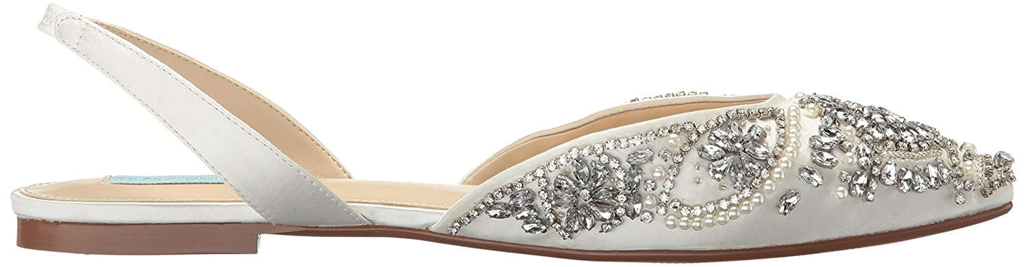 Blue by Betsey Johnson Women's Sb-Molly Pointed Toe Flat B06WCZN1J4 8.5 M US|Ivory Satin