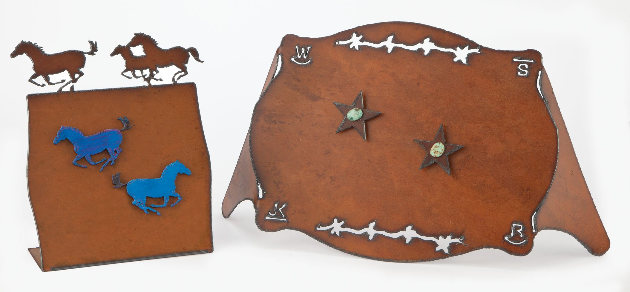 Pony Rust Frame With Two Pony Magnets