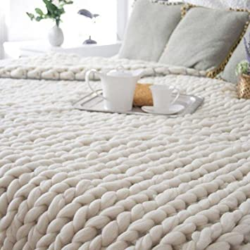 couvre lit en laine Sonnena   Couvre lit en fausse fourrure tricoté à la main   Laine  couvre lit en laine