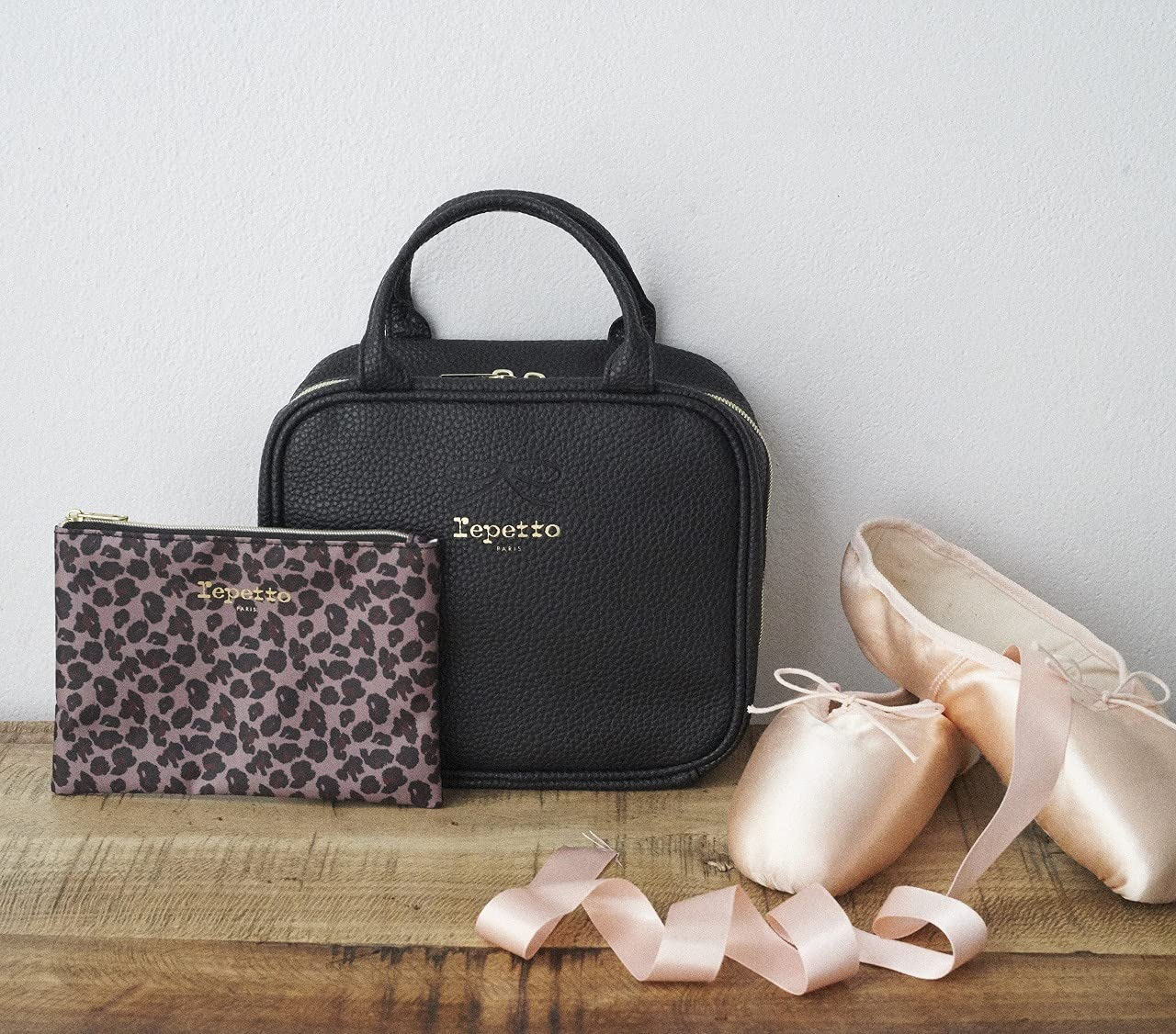 Repetto Special Book Multi Pouch Black:9/7発売【ムック本付録】レペット マルチポーチ2点セット(ブラック)